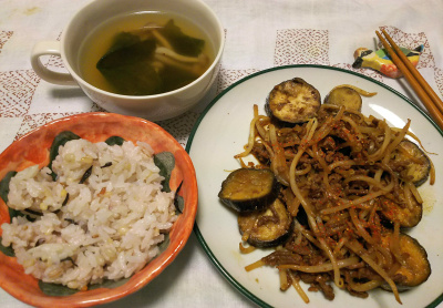 DSC_3958_0919夜-ナスとモヤシのそぼろ炒め、スープ、雑穀ご飯_400.jpg