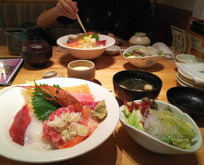 DSC_4270_1006昼・外食-海鮮丼、海藻サラダ、あおさお吸い物、茶碗蒸し_400.jpg