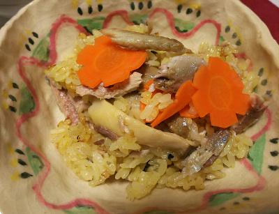 DSC_4540_1101夜-サンマとエリンギと人参のオレンジジュースご飯_400.jpg