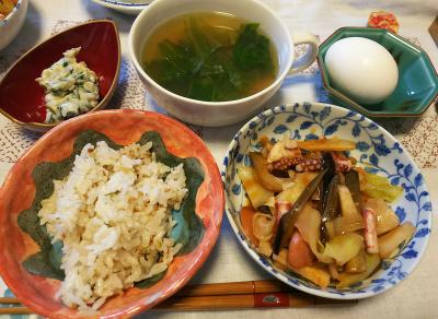 DSC_4604_1108昼-イカの炒め物、レタススープ、野沢菜わさび漬け、温泉卵、縄文ご飯_400.jpg
