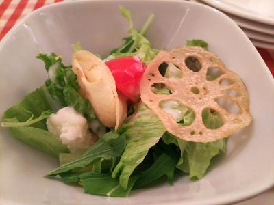DSC_4775_1126昼・外食-サラダ、パスタ、ピザ、紅茶、パンナコッタ_400.jpg