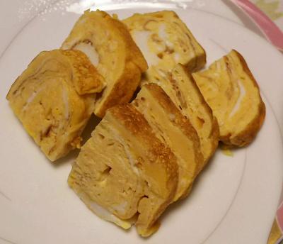 DSC_5431_0103夜-手作り卵焼き:新しい卵焼き器、卵3個_400.jpg