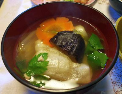 DSC_5436_0104昼-お雑煮_400.jpg