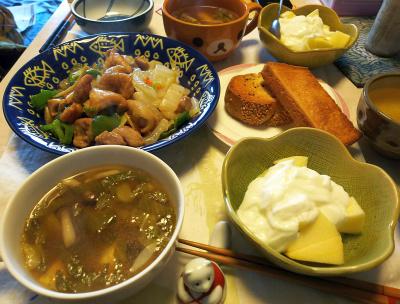 DSC_5473_0108昼-チキンと白菜のソテー、レタススープ、トースト、リンゴヨーグルト_400.jpg