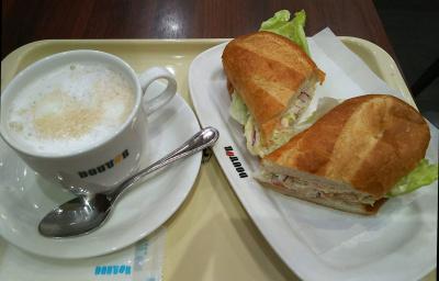 DSC_5515_0110昼・外食-サンドとカフェオレ_400.jpg