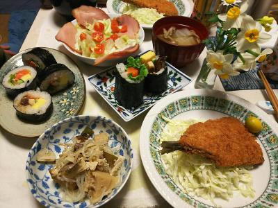 DSC_5730_0203夜-ラディッシュハムサラダ、恵方巻き、アジフライ、しらたき煮物、白菜スープ_400.jpg