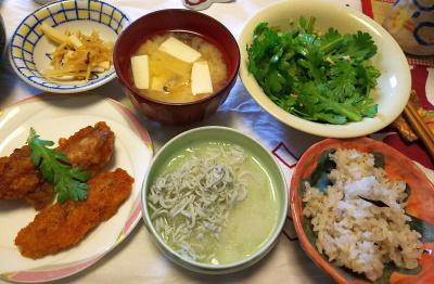 DSC_6110_0316昼-アジフライ、しらすおろし、摘みたてサラダ春菊サラダ、豆腐とアサリ味噌汁、大根昆布和え_400.jpg