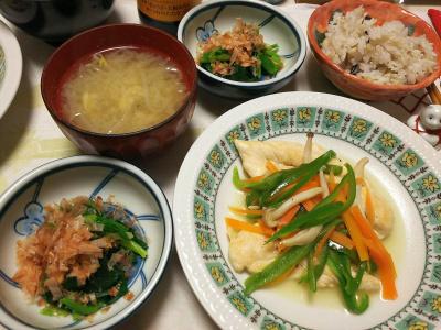 DSC_6119_0317夜-チキンささみソテー、ほうれん草おひたし、もやし味噌汁、雑穀ごはん_400.jpg