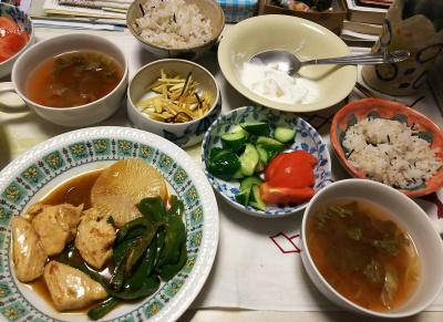 DSC_6357_0331夜-チキンと大根ソテー、サラダ、レタススープ、温りんごヨーグルト、雑穀ごはん_400.jpg