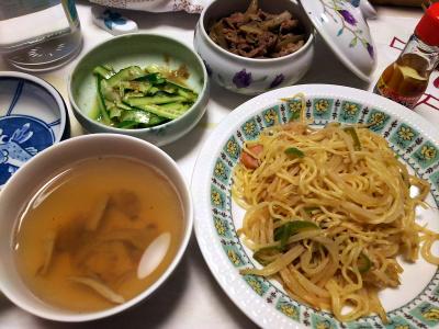 DSC_6506_0417夜-焼きそば、ゴボウと牛肉の甘辛煮、きゅうりのゴボウ味噌和え、スープ_400.jpg