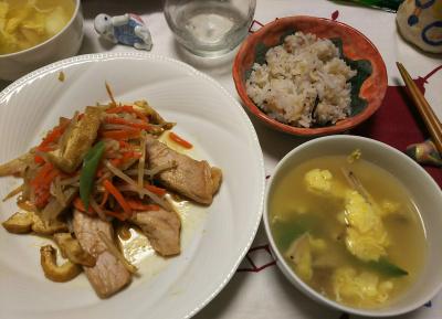 DSC_6530_0418夜-ポークソテー厚揚げ野菜添、卵スープ、縄文ご飯_400.jpg
