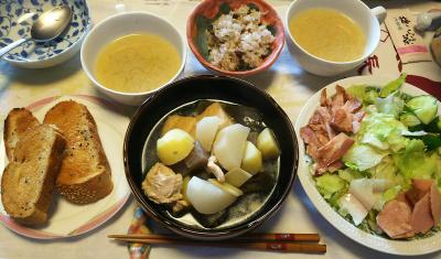 DSC_6722_0501昼-煮物、焼豚サラダ、味噌汁、小豆ご飯、トースト_400.jpg