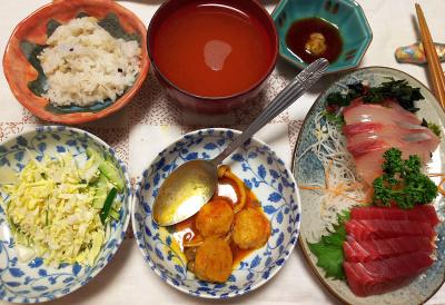 DSC_6790_0510夜-刺し身、ミートボールトマト煮、キャベツサラダ、スープ、筍ご飯_400.jpg