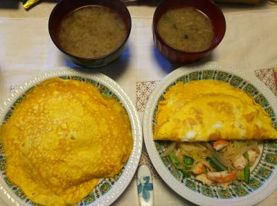 DSC_6802_0512昼-海老焼きそばオムレツ、ミョウガタケ味噌汁_400.jpg