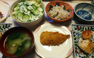 DSC_7239_0613昼-梅風味アジフライ、味噌漬けチキン焼き、青梗菜のお吸い物、キュウリサラダ、雑穀ごはん_400.jpg