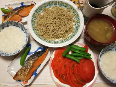 DSC_7245_0613夜-鮭焼き、トマト、スナップエンドウ、とろろ蕎麦、スープ_400.jpg