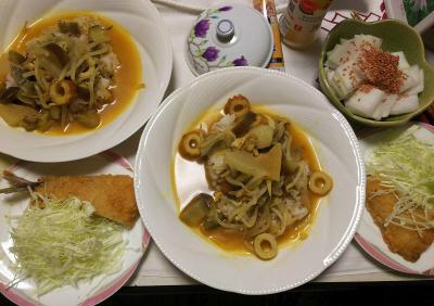 DSC_7594_0629夜-タイ風カレー、アジフライ、キャベツ、大根に梅胡麻_400.jpg