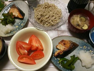 DSC_7961_0725夜-鰤のてりやき、大根おろしとピーマン、トマト、ナスの味噌汁、冷水麺そば_400.jpg