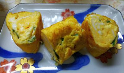DSC_8178_0815昼・キッチン-バジル入り卵焼き_400.jpg
