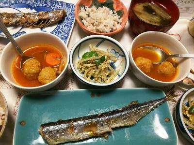 DSC_8610_0917夜-サンマ焼き、もやし炒め、ミートボールのトマト煮、大根味噌汁、雑穀ごはん_400.jpg