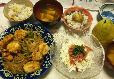 DSC_8776_1001夜-茹で栗ご飯、鶏もやし炒め、キャベツ焼豚バジルサラダ、豆腐スープ_400.jpg