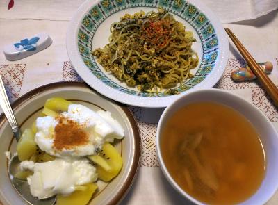 DSC_8884_1007昼-卵と茶葉佃煮焼きそば、キーウィヨーグルト、スープ_400.jpg