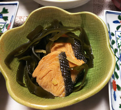DSC_8890_1007夜-鮭と昆布の酢醤油煮物_400.jpg