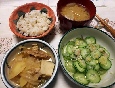 DSC_8939_1011夜-煮物、採れたてミョウガときゅうりの酢の物、大根味噌汁、雑穀ごはん_400.jpg