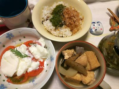 DSC_9161_1028夜-煮物、トマトヨーグルト、めかぶおかかご飯_400.jpg