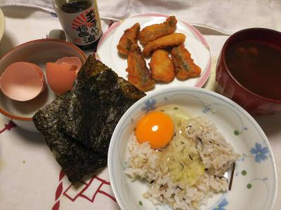 DSC_9432_1113夜-卵かけご飯、イワシ唐揚げ、海苔、スープ_400.jpg