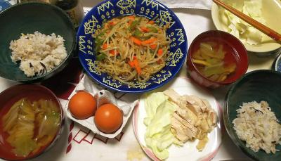 DSC_9582_1118夜-美味しい卵、蒸し鶏、白菜スープ、もやしツナ炒め、雑穀ごはん_400.jpg