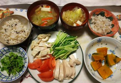 DSC_9595_1119夜-蒸し鶏、サラダ、かぼちゃ煮、白菜スープ、大根葉昆布和え、雑穀ごはん_400.jpg