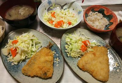 DSC_9672_1126夜-アジフライ(仕事屋)ポテトサラダ、味噌汁、雑穀ごはん_400.jpg