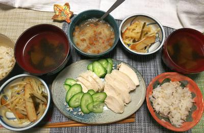 DSC_1257_0205夜-蒸し鶏きゅうり、おろし納豆、もやし丸天炒め、スープ_400.jpg