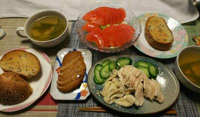 DSC_1317_0207昼-蒸し鶏、丸天、トマト、チキンスープ、ごまパン_400.jpg