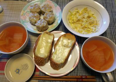 DSC_1414_0212昼-焼焼売、レタスサラダ、スープ、ごまパン_400.jpg