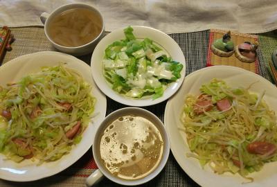 DSC_1344_0225昼-焼きそば、レタスサラダ、白菜スープ_400.jpg