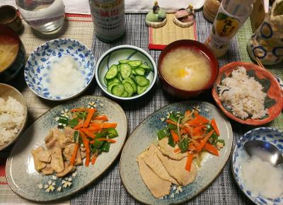 DSC_1710_0227夜-ポークソテー、大根おろし、きゅうり、味噌汁、雑穀ごはん_400.jpg