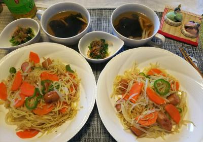 DSC_1757_0301昼-焼きそば、からし菜、わかめスープ_400.jpg