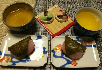 DSC_1784_0303デザート-桜餅_400.jpg