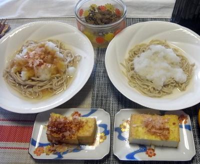 R0017727_0323昼-たっぷりおろし蕎麦、厚揚げ、肉ごぼう_400.jpg