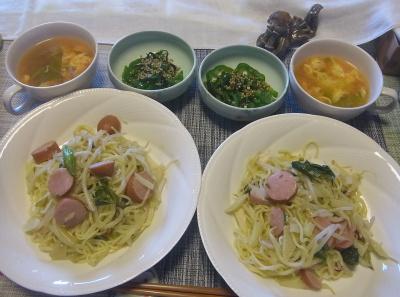 R0018052_0507昼-焼きそば、ピーマン昆布と胡麻和え、卵スープ_400.jpg