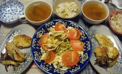 R0018207_0520夜-チキンソテー、トマトサラダ、スープ、筍ご飯_400.jpg