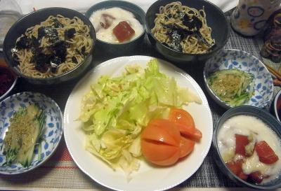 R0018492_0624夜-流水麺蕎麦、海苔、マグロのとろろ、キュウリゴマダレ、トマトレタスサラダ_400.jpg