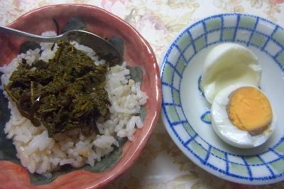 R0018785_0725昼・キッチン-茶葉佃煮雑穀ごはん、ゆで卵_400.jpg