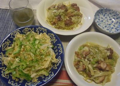 R0018793_0726昼-ゴーヤNo12サラダ、鶏唐揚げのあんかけ焼きそば、冷茶_400.jpg