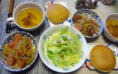 R0019077_0830昼-パンケーキ、サラダ、ソーセージ野菜炒め、スープ_400.jpg