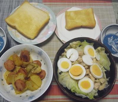 R0019101_0902昼-チキン卵サラダ、ソーセージとジャガイモソテー、トースト_400.jpg