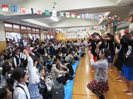 市ヶ尾高校ダンス部1.JPG