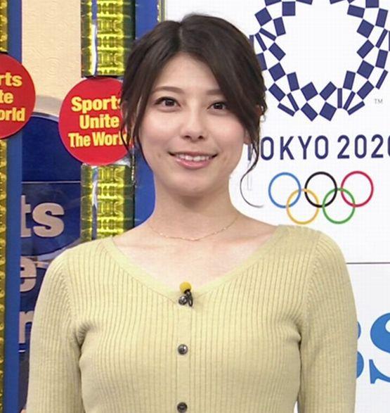 ピチピチのニットで胸元が強調されていた 上村彩子! (9).jpg